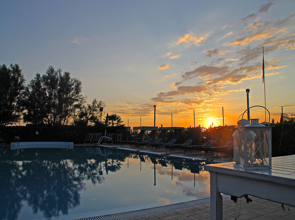 Sunset on the pool of Bagno Lido